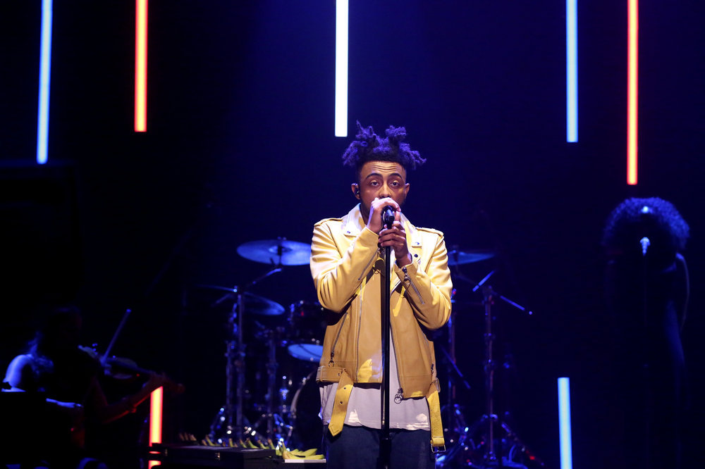 THE TONIGHT SHOW STARRING JIMMY FALLON -- Episode 0571 -- Pictured: Musical guest Amine performs on November 15, 2016 -- (Photo by: Andrew Lipovsky/NBC)