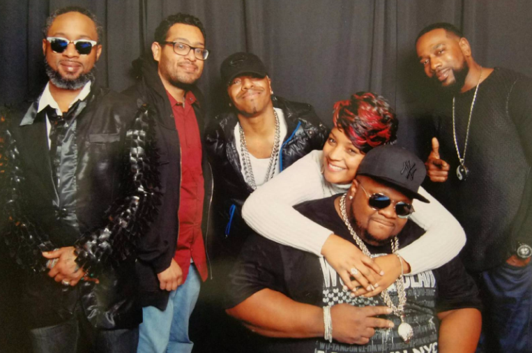 """""""Tell Me"""" Contest Winner Roschelle Moreland and Dru Hill"""
