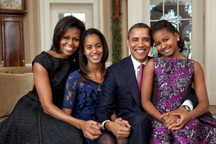 Obama-Family-portraits-2009-and-2011