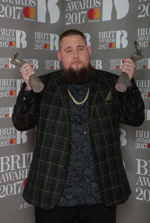 RORY GRAHAM AKA RAG N BONE MAN IS THE BRIT AWARDS 2017 BIGGEST WINNER OF THE NIGHT.
