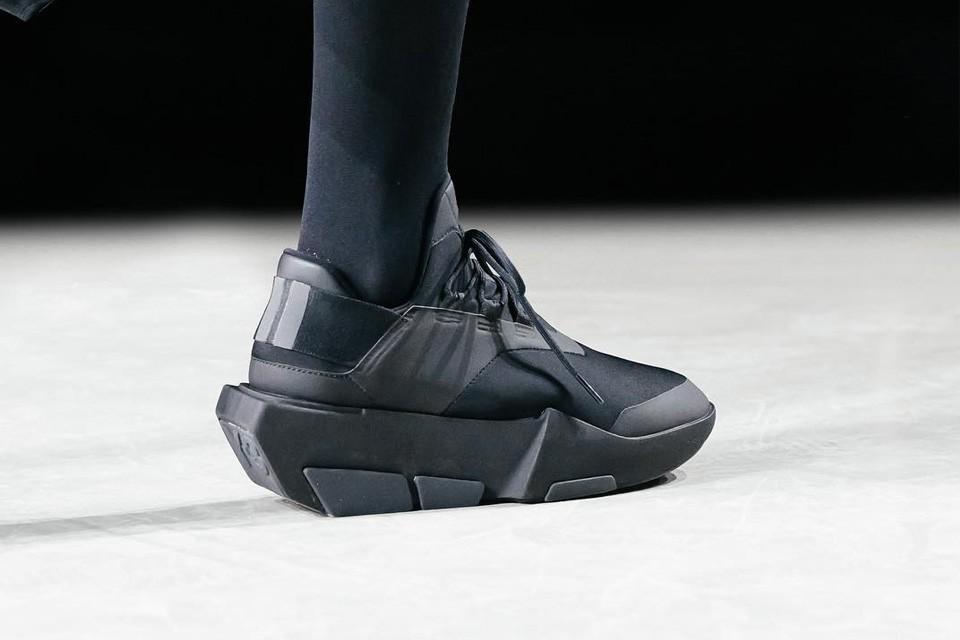 y  new sneakers
