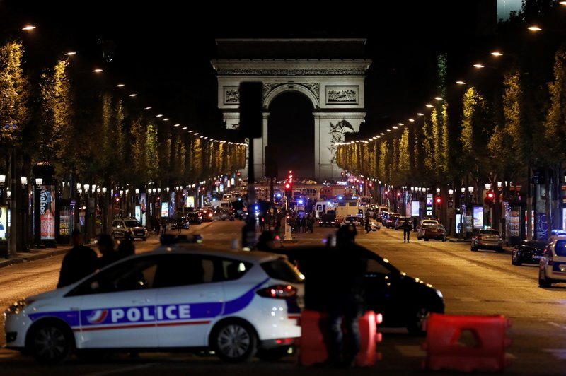 Jewish Le Pen Voter Blames Government For Paris Attack