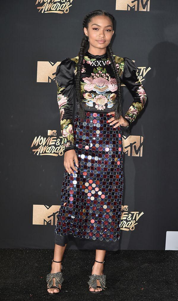 mtv movie and tv awards red carpet yara