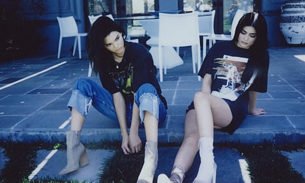 Kendall&#;KylieJennerpull&#;vintage&#;T shirtlineafterlegalthreats