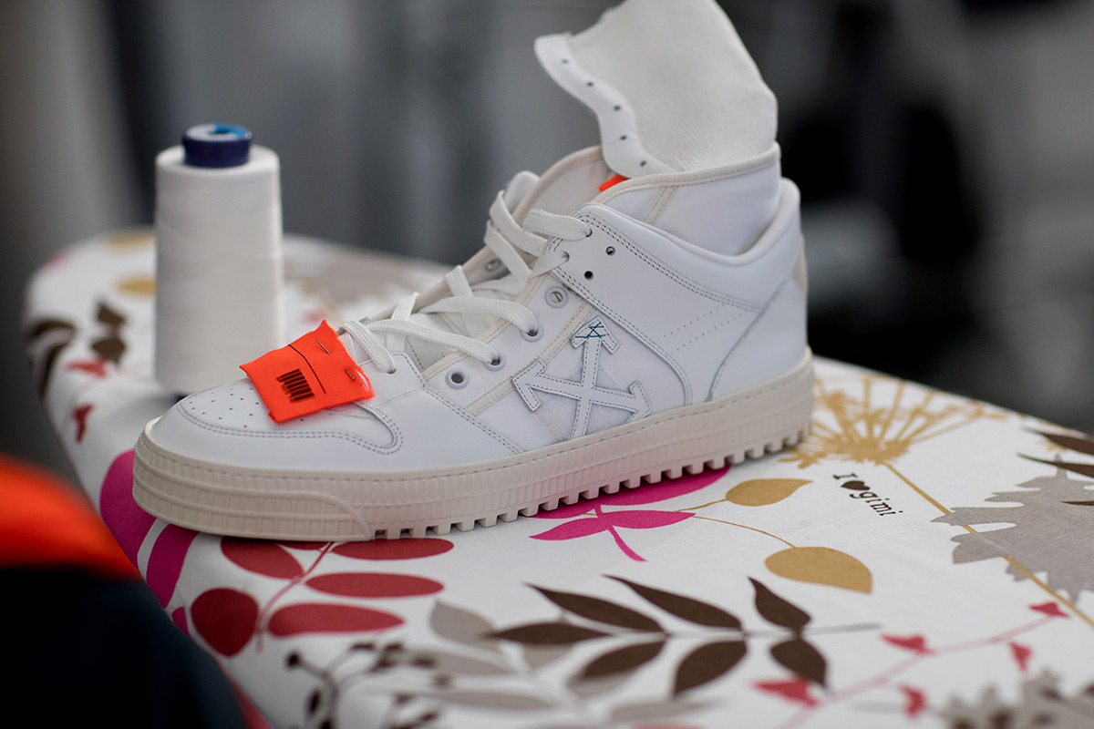 off white ss sneakers