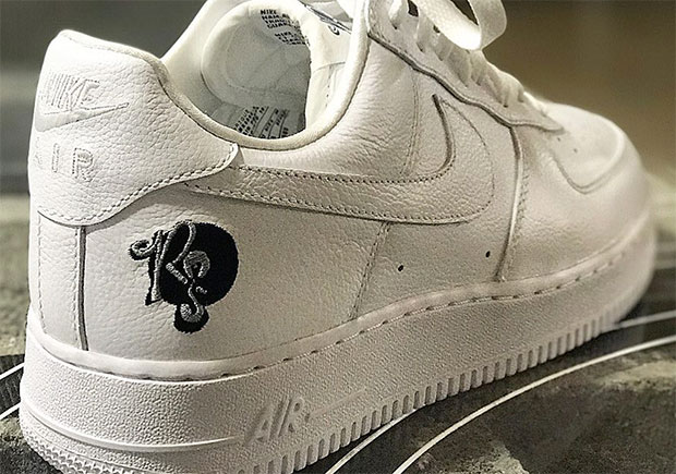 half off 04a30 3d042 Roc-a-fella Andre Nike team up for Air Force 1 Collab