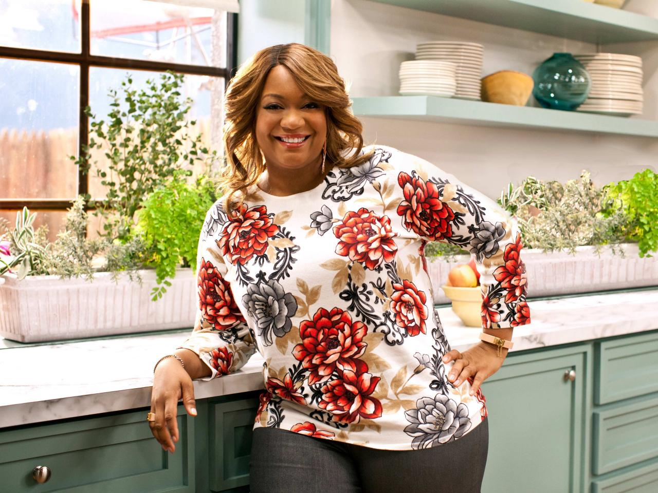 Food Network's Star Sunny Anderson Shames Women for Sexual Harassment Silence