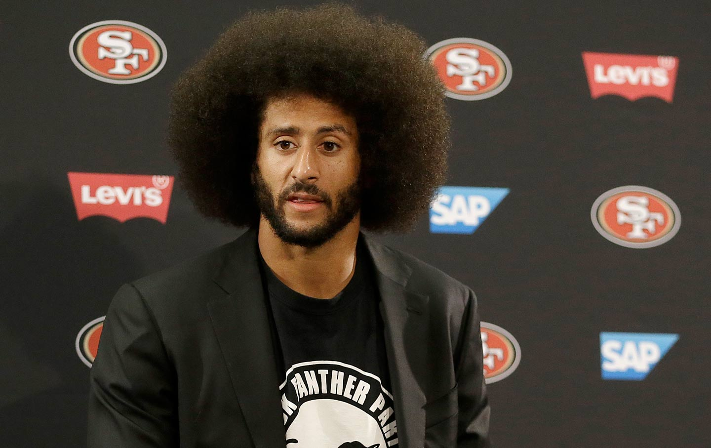 Colin Kaepernick Reportedly Inks Million Dollar Book Deal