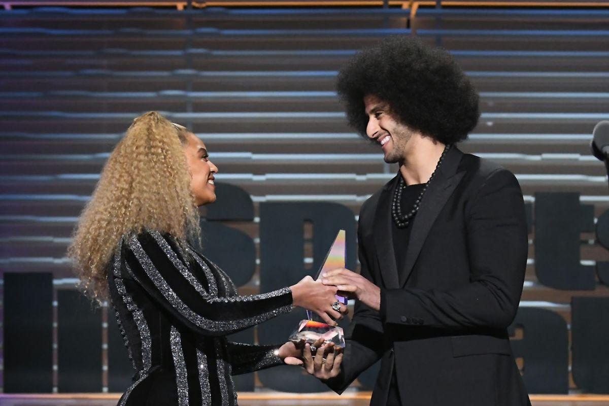 Beyonce Presents Sports Illustrated Award to Colin Kaepernick