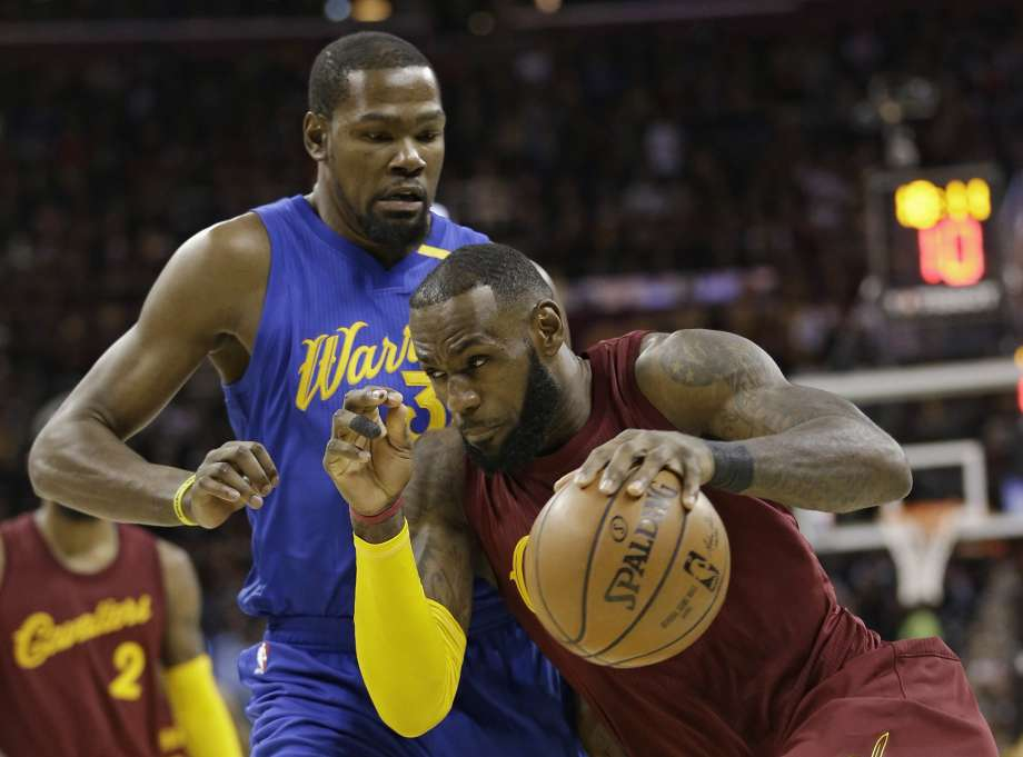 NBA Admits Refs Missed Fouls in Cavs and Warriors Christmas Game