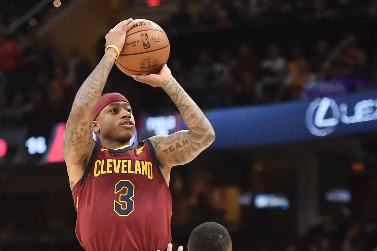 Isaiah Thomas Drops 17 Points In Cleveland Cavaliers Debut