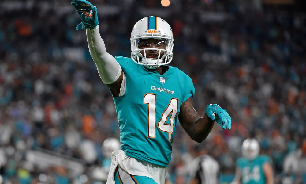 Miami Dolphins Traded All Pro Wide Receiver Jarvis Landry To The Cleveland  Browns 88ddf632a
