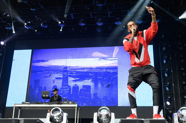 "Nipsey Hussle Performs ""FDT"" With Kanye West at 2018 Broccoli City"