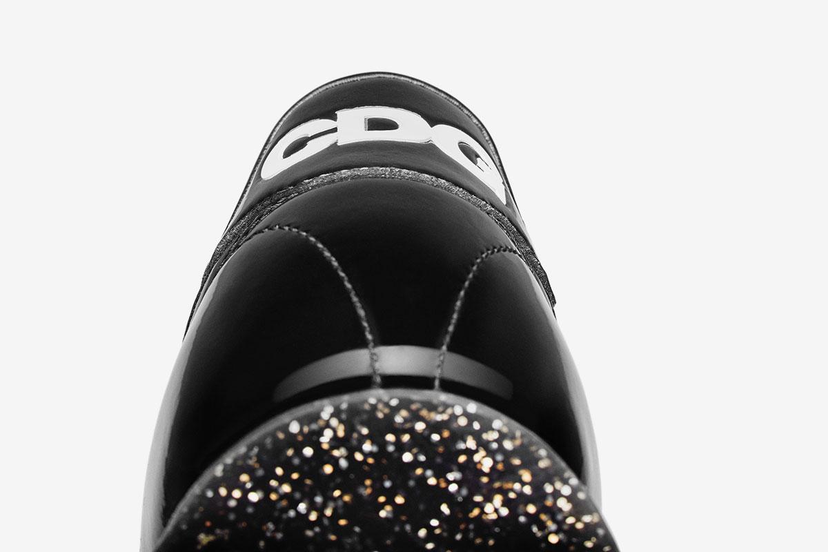 e173a3f12a9175 Get a better look at the sleek shoe below  Images  Dover Street Market.   SOURCESTYLEComme Des GarconsCOMME des GARÇONS BlackfootwearNight  TracknikeNike ...