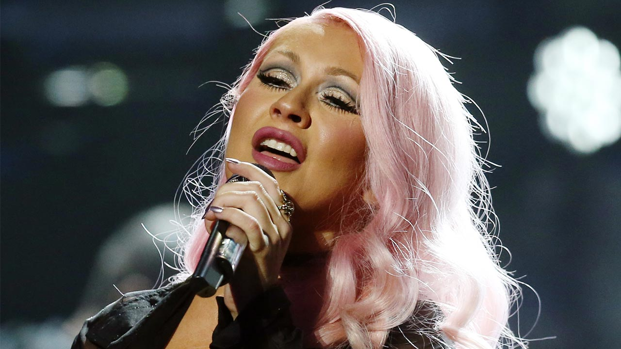 Christina Aguilera Announces First Tour in a Decade