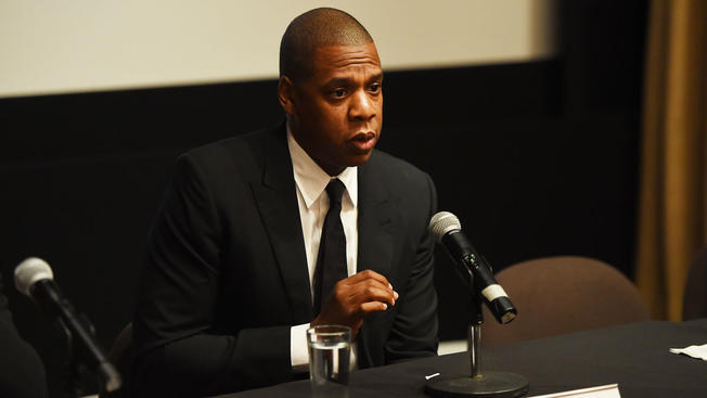 Jay-Z Agrees To Testify In SEC Hearing About Rocawear Purchase