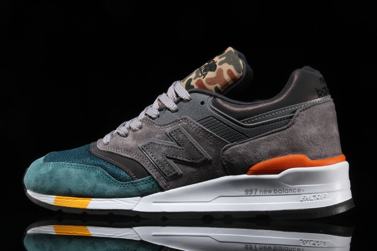 "52f9e805f4e89 Featuring the 997 and 998, NB's latest ""Made In USA"" pack utilizes a mixing  pot of various patterns, colorways and materials, with tonal pig suede and  mesh ..."