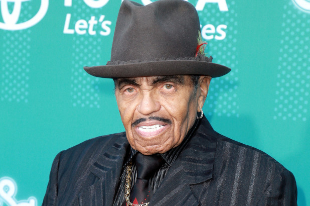 Joe Jackson is Reportedly Living his Final Days in the Hospital