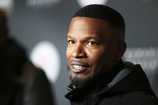 Woman Accuses Jamie Foxx of Hitting her With his Genitals in 2002