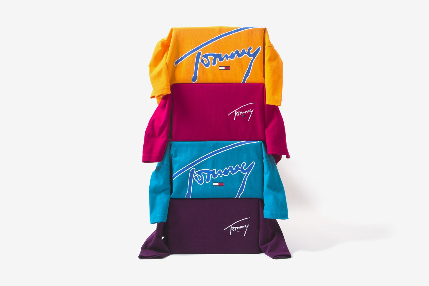 850afd3e Tommy Jeans Gives the Ultimate Summer Vibes With 'Signature' Collection