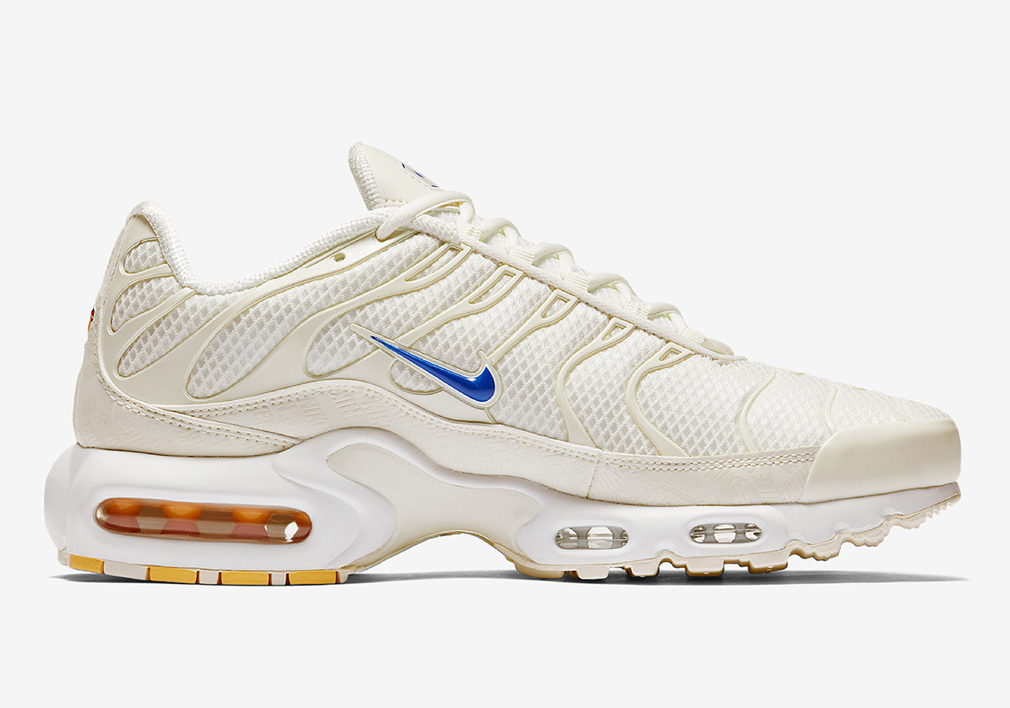 new product cd276 b535d Prepare for a Beach Day With This  Sandy  Air Max Plus Colorway