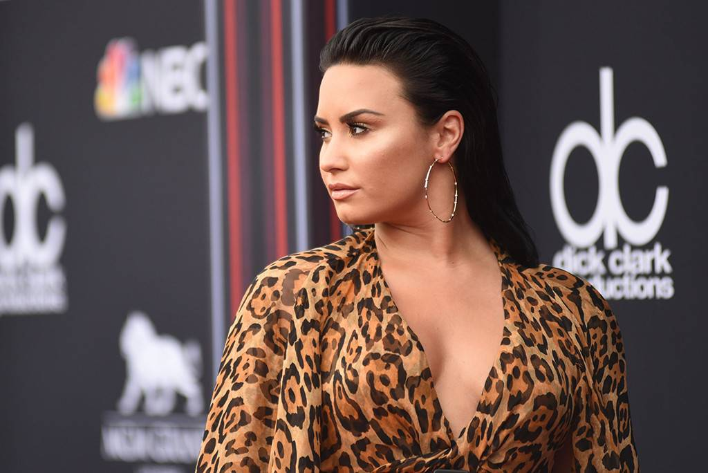 Demi Lovato Reportedly Overdosed on Meth, Ditched By Friends