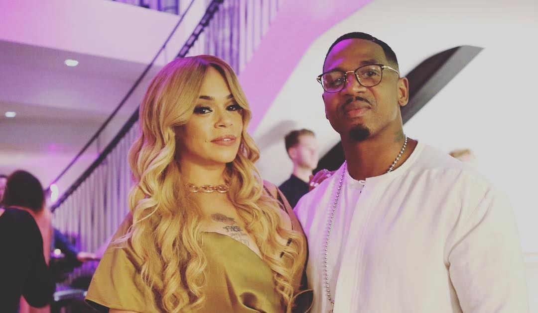 Faith Evans Marriage License Excludes Biggie She Insists its a Court Error