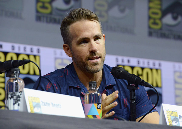 Ryan Reynolds Wants to Explore Deadpool's Bisexuality in Future Films