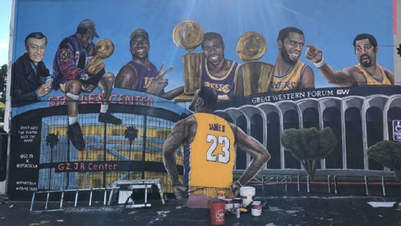 Second LeBron James Mural Defaced in Los Angeles