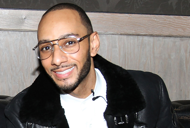 watch-swizz-beatz-gives-homeless-man-a-hair-cut-on-the-streets-of-nyc