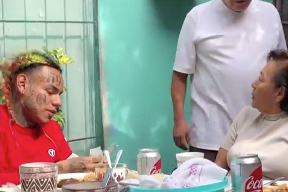 Tekashi 6ix9ine Meets Family in Mexico for the First Time