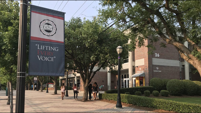 College Campuses Across the Nation Close Due to Coronavirus concerns