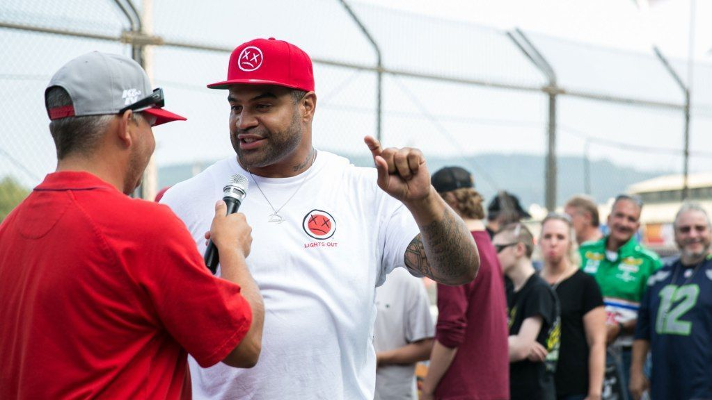 Former NFL Hard Hitting Linebacker Shawne Merriman Trying His Hand in Bare Knuckle Fighting