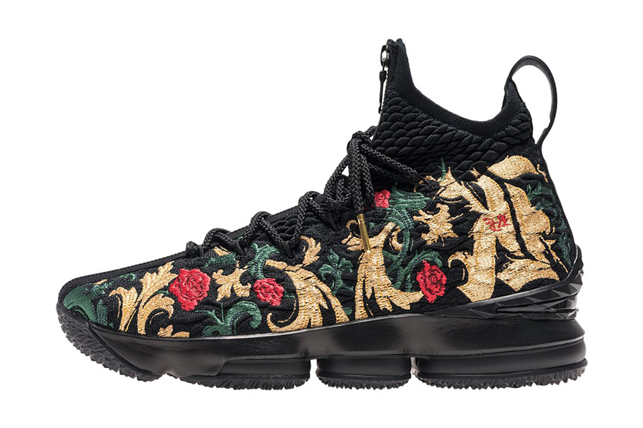 "Pick up the Nike LeBron 15 ""Closing Ceremony"" exclusively at KITH LA  beginning tomorrow (August 31). Check out a few more pics of the shoe one  last time ... fb3617b68c6b"