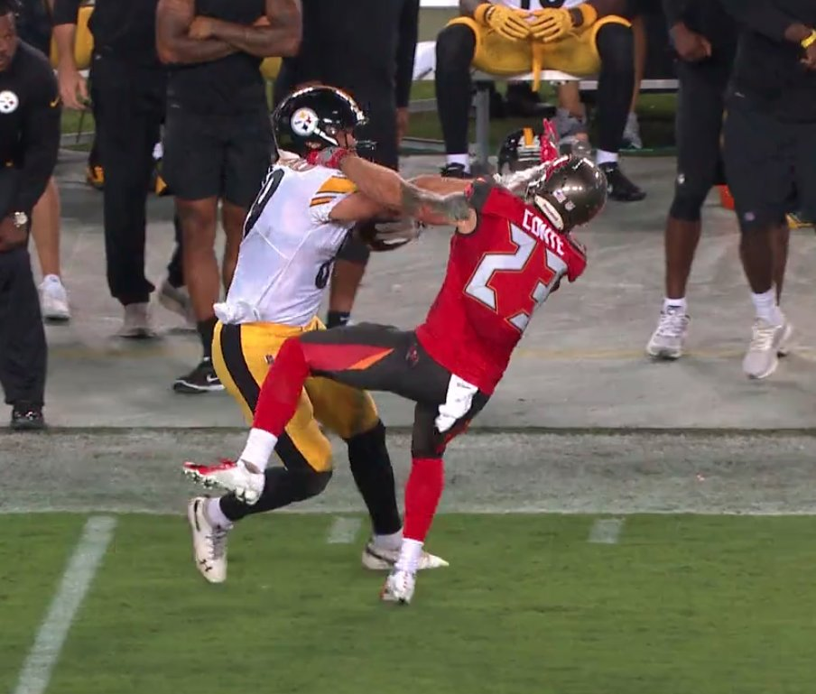 Pittsburgh Steelers Hold Off the Tampa Bay Buccaneers for First Win of the Season
