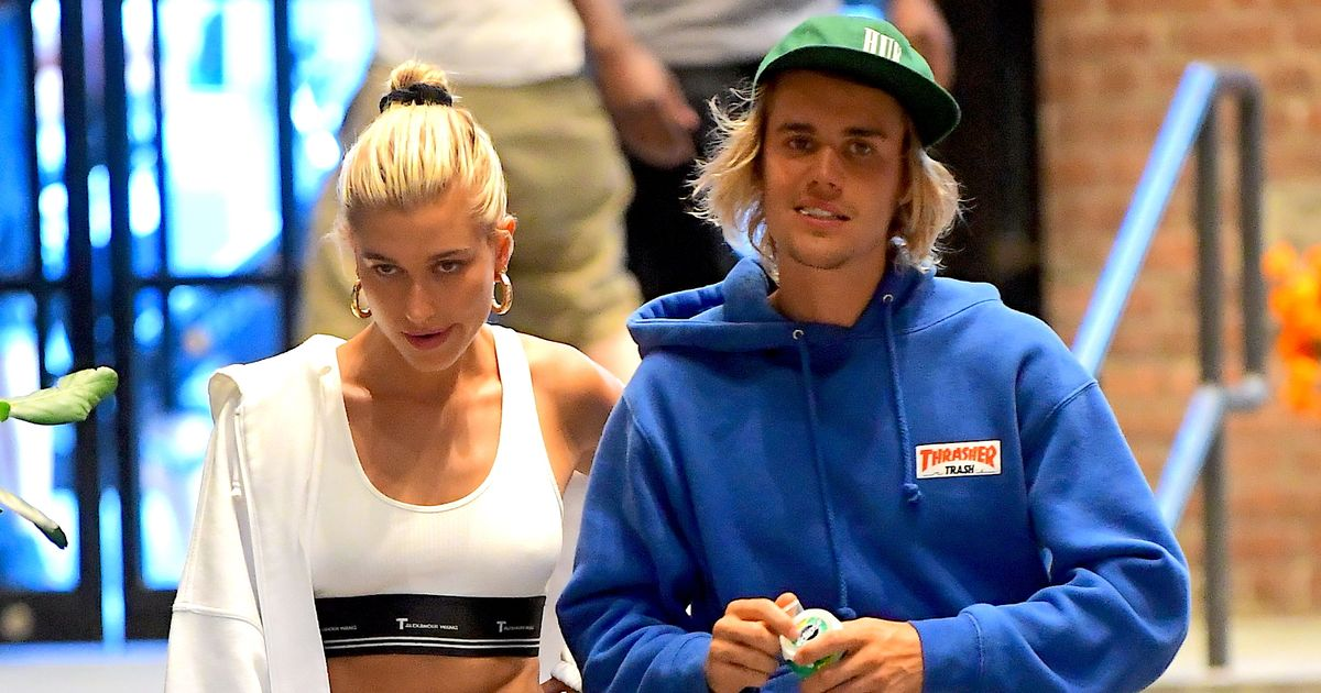 Hailey Baldwin Flaunts Her Engagement Ring As She Heads To Dumbo House With Justin Bieber In New Yor