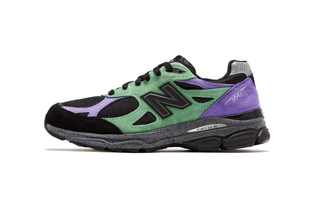 half off 9a8bf 91d17 Far From Cheesy: Stray Rats x New Balance 990v3 | The Source