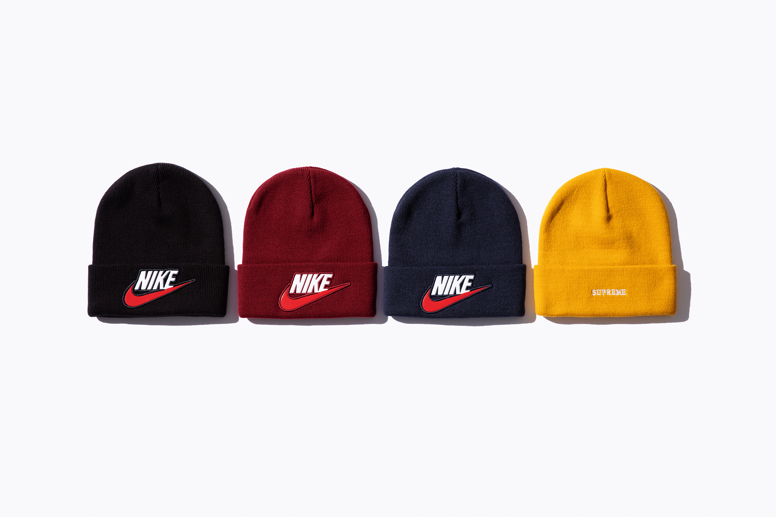 The Supreme x Nike FW 18 collection arrives online and at the NY 824ac7cec3ac