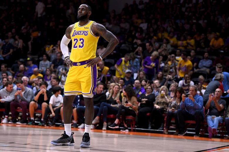 LeBron James Predicted to be League MVP by NBA GMs