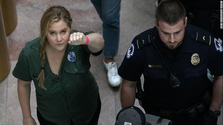 Amy Schumer Gets Detained While Protesting Against Brett Kavanaugh