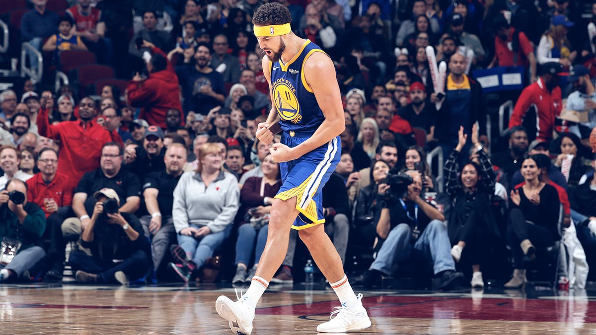 Klay Thompson Splashes NBA Record 14 3-Pointers on the Chicago Bulls