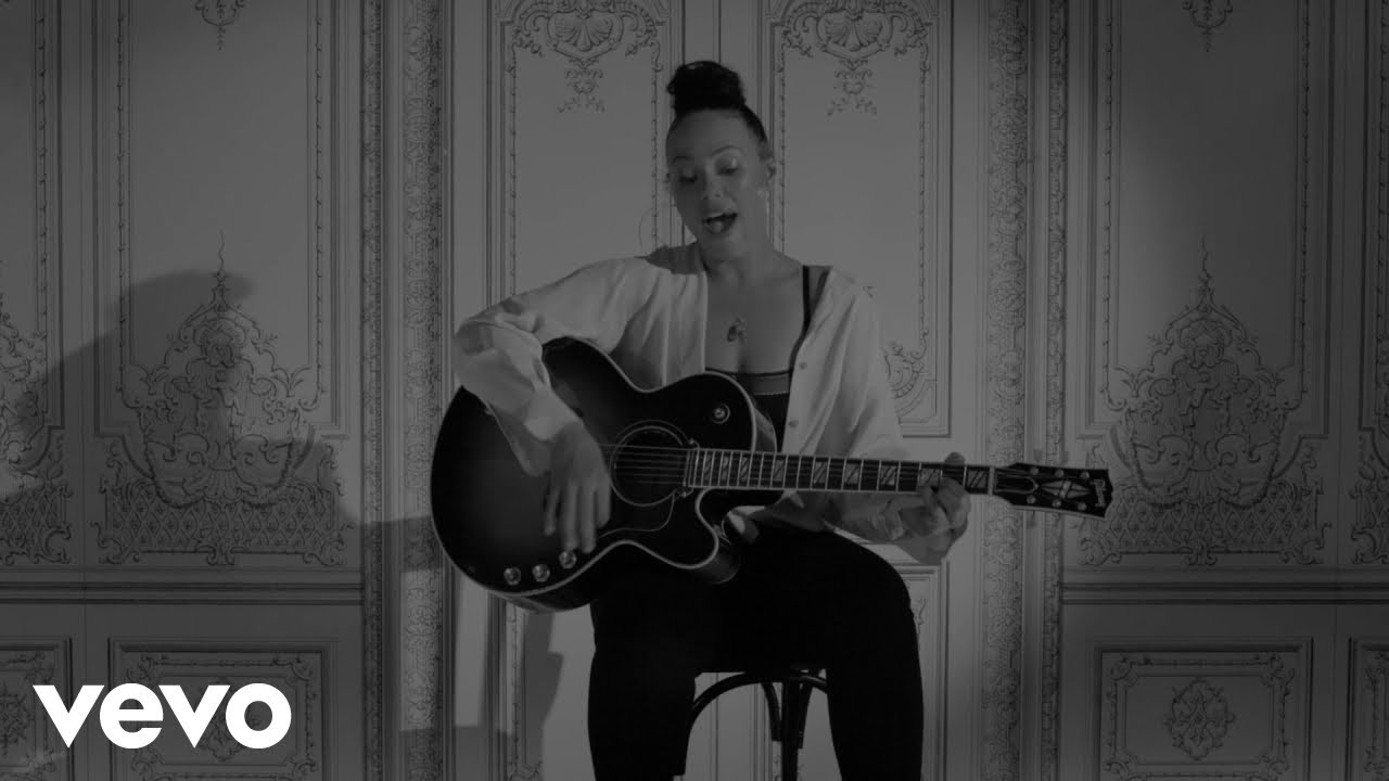 Elle Varner Releases Visual for New Single, 'Loving U Blind'