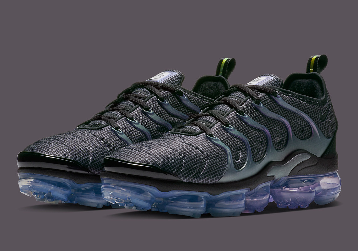 efa6549c2ce This upcoming Nike Vapormax Plus colorway arrives on Nike.com sometime in  November 2018. Enjoy a better look below