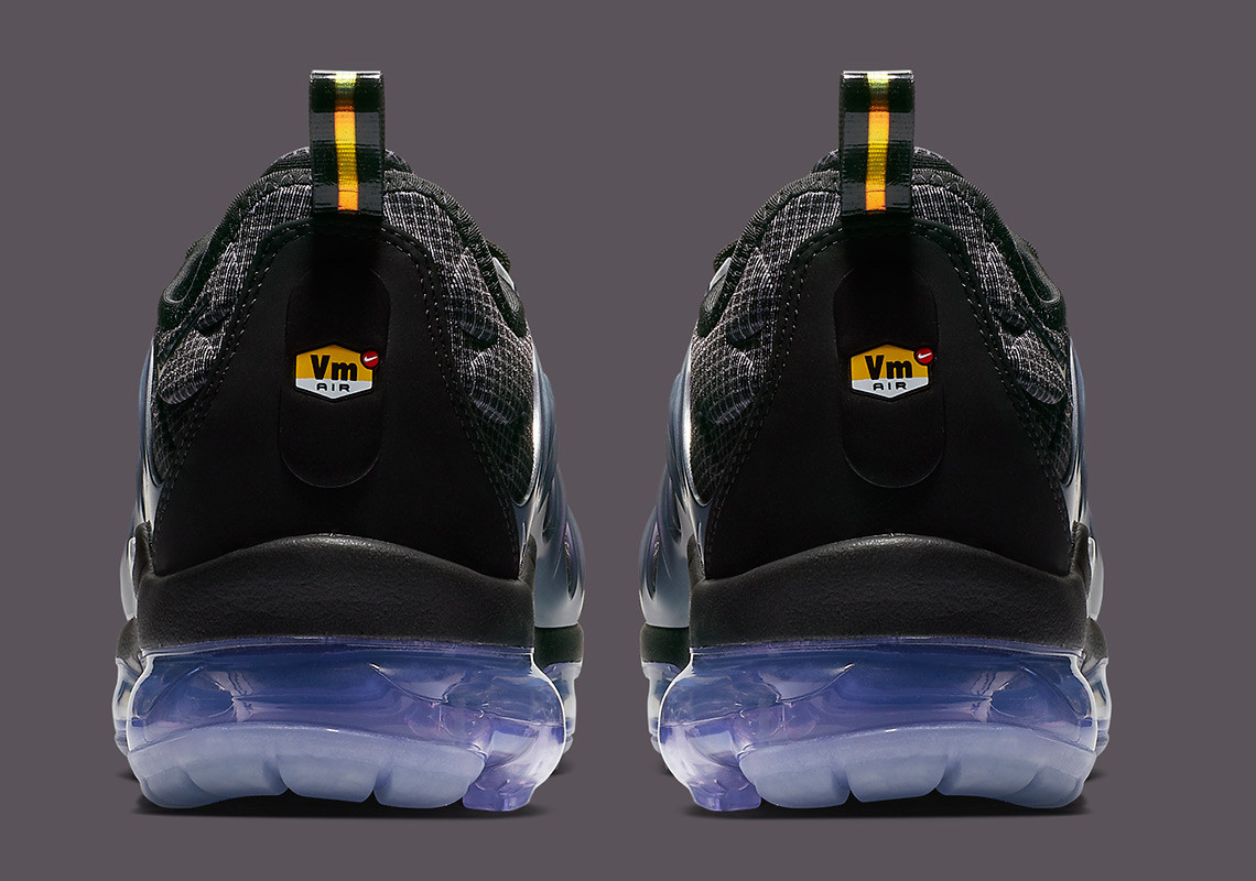 cca8c0e67c5c8 This upcoming Nike Vapormax Plus colorway arrives on Nike.com sometime in  November 2018. Enjoy a better look below