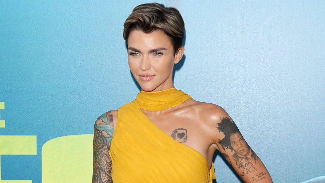 Ruby Rose Looks Amazing In Her Batwoman Costume