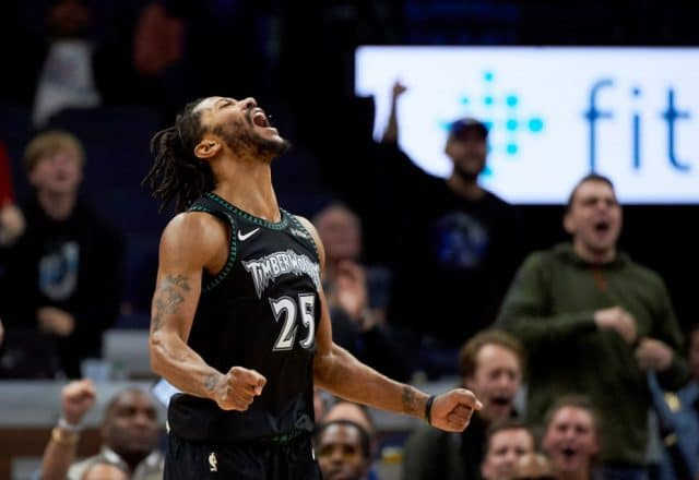 dcb428b61fc2 Blast From The Past  Derrick Rose Erupts For a Career High 50 Points in  Timberwolves Win