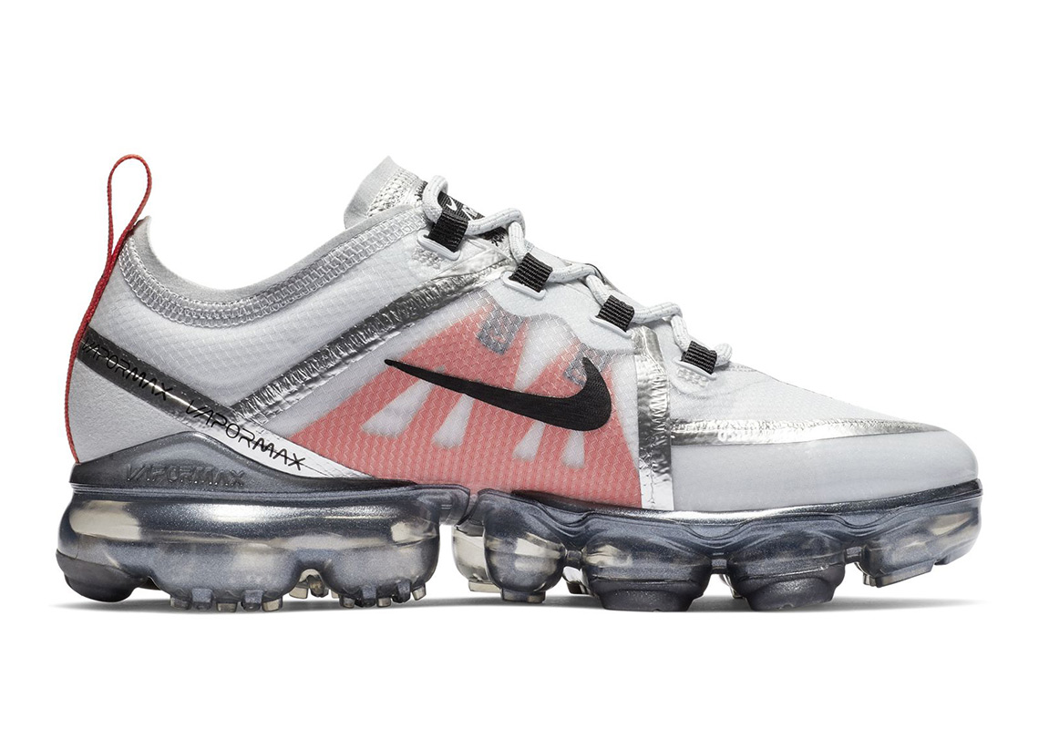 timeless design 878a1 4be5c Nike Goes In All Guns Blazing With the Vapormax 2019