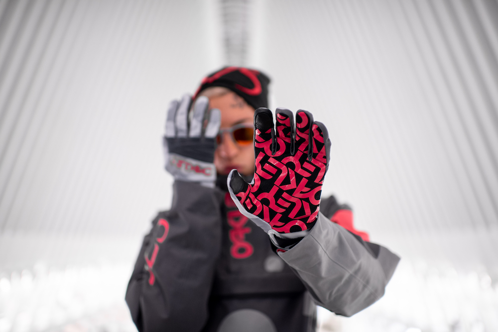 oakley staple design winter  collection