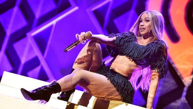 Cardi B Confirms She Married Offset In September: Cardi B's Camp Confirms She's Not Performing For Super