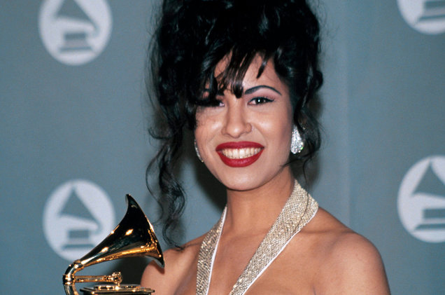Netflix Orders Scripted Series About Selena Quintanilla